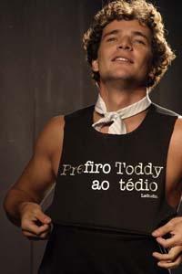 Por que tanta gente acompanha a vida de atores como o Daniel Oliveira?